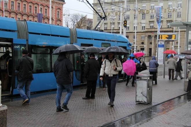 tramvaj kiša stanica