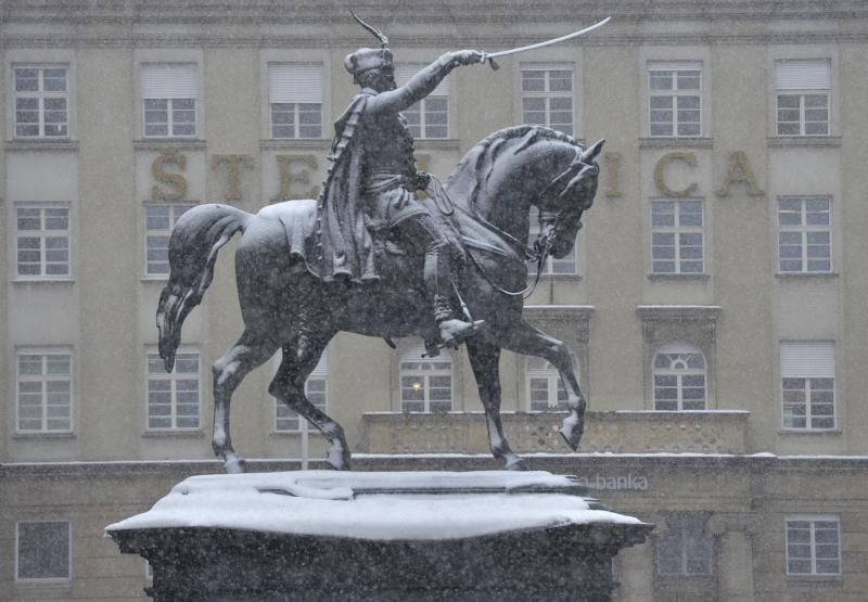 09.02.2015., Zagreb - Snijeg ponovno zabijelio grad. Photo: Marko Lukunic/PIXSELL