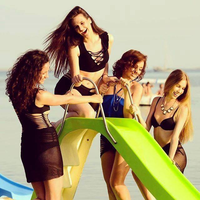 druženje s surfer djevojkom