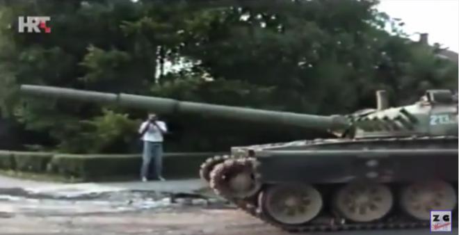 Video Prije 27 Godina Zagrepcani Stali Pred Tenkove Jna Pala