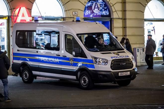 policija-advent-08122017-05