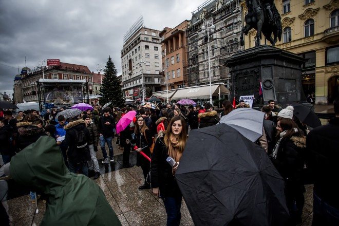 studenti-prosvjed-trg-12122017-01