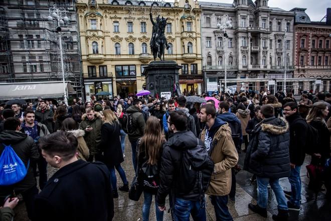 studenti-prosvjed-trg-12122017-02
