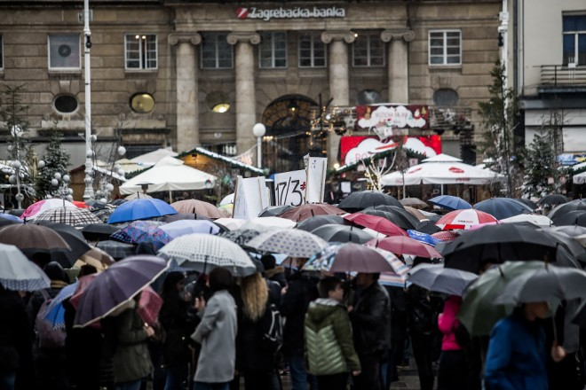 studenti-prosvjed-trg-12122017-04