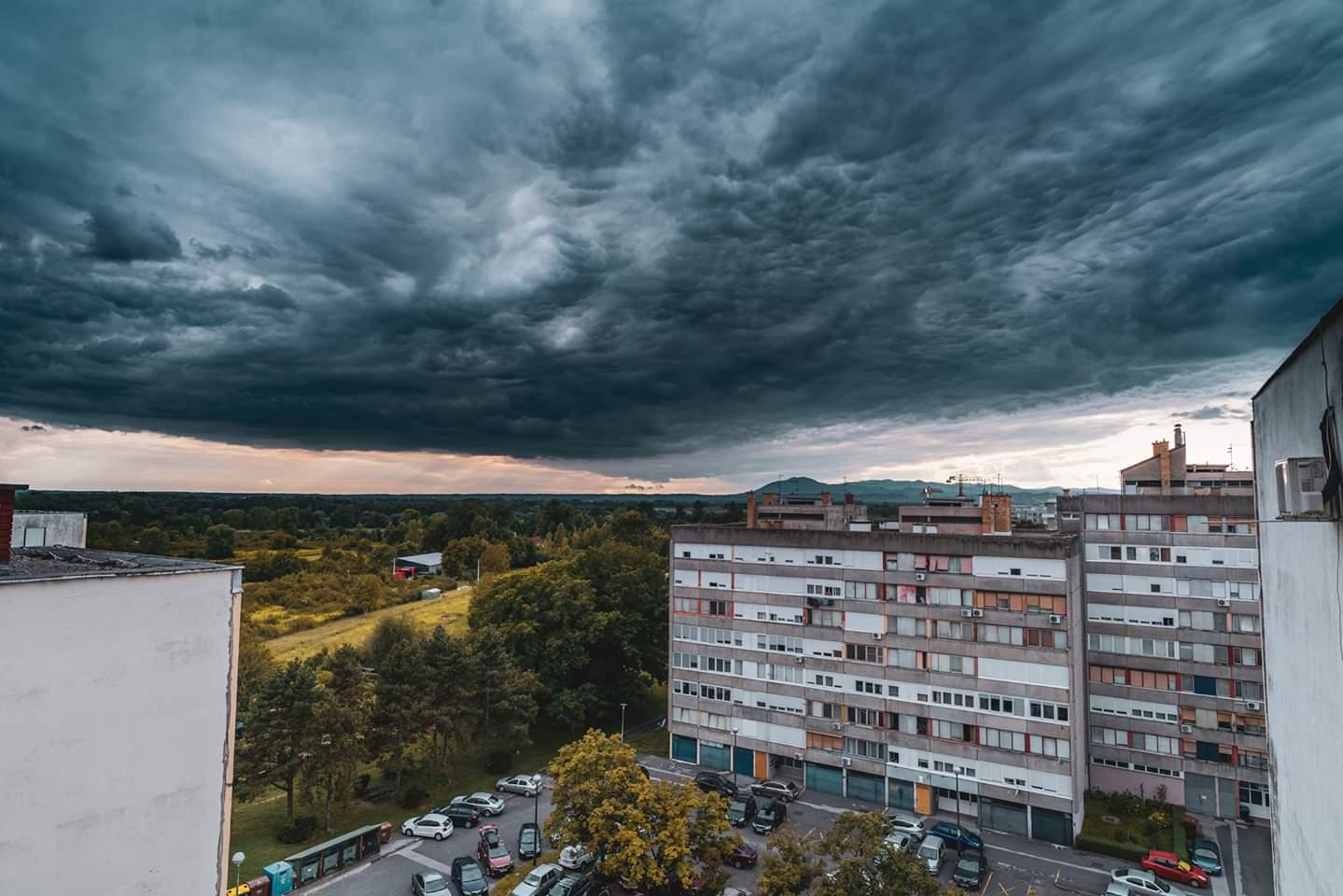 Izdan Crveni Meteoalarm Za Zagreb Pogledajte Kakvo Nas Pogorsanje Ocekuje U Narednim Satima Zagreb Info