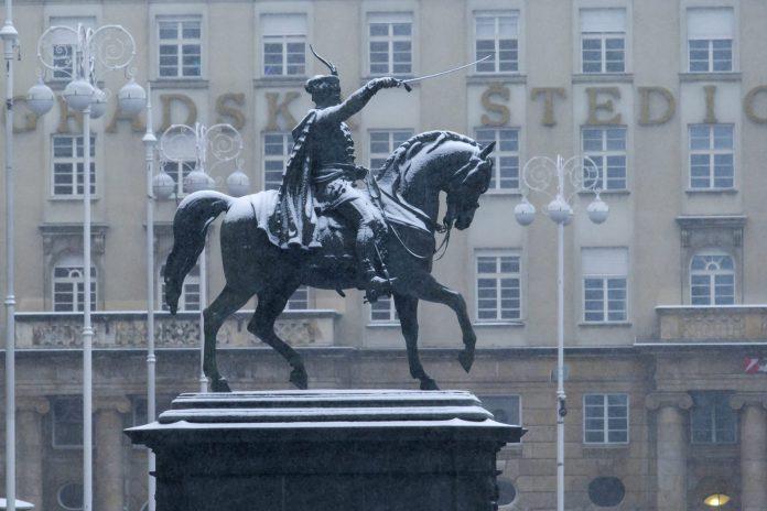 Na Danasnji Dan Spomenik Banu Josipu Jelacicu Vracen Na Glavni