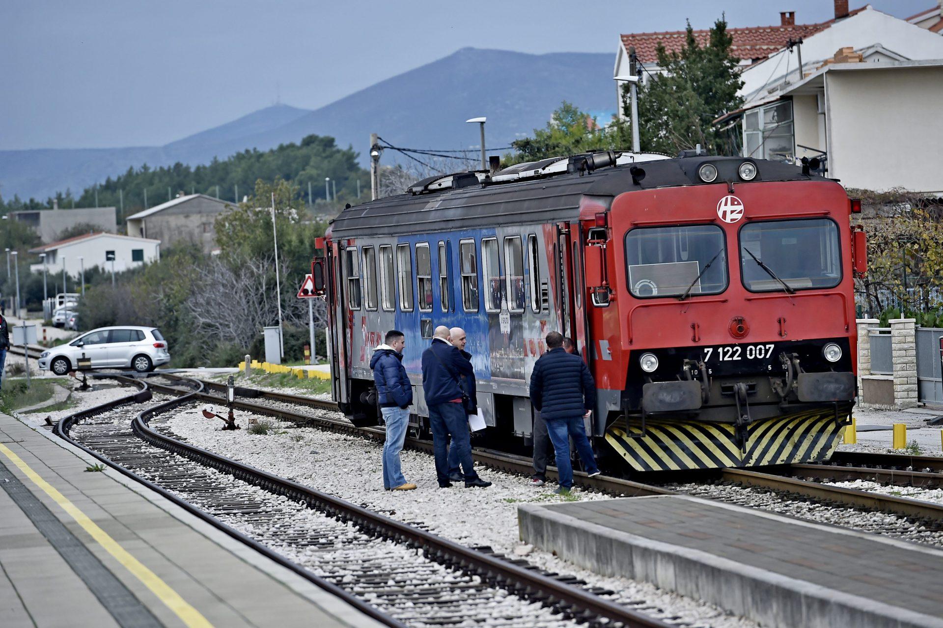 Hz Mijenja Vozni Red Ukida Se Jedan Od Vlakova Za Zagreb Zagreb Info
